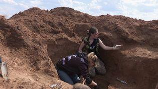 Bataille de Stalingrad : des fouilles pour retrouver les corps de soldats oubliés. (FRANCE 2)