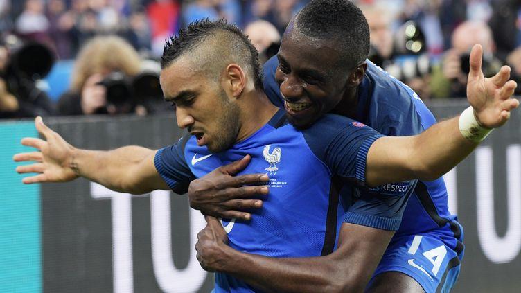Dimitri Payet, touché par la grâce sous le maillot bleu, sera-t-il le guide de l'équipe de France lors des éliminatoires du Mondial-2022 ? (GRIGORIY SISOEV / SPUTNIK)