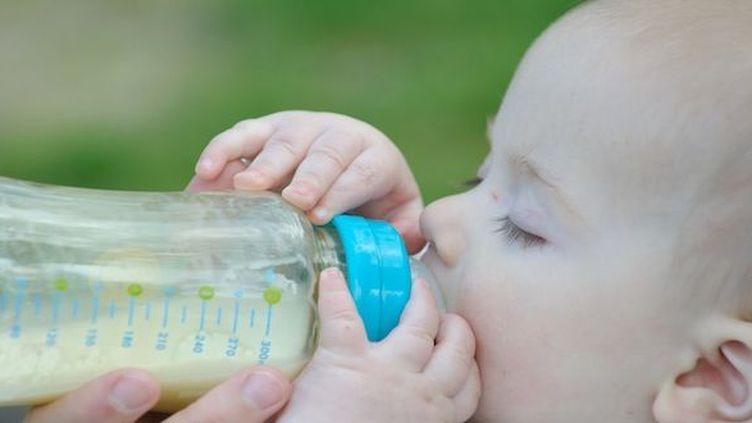 25 bébés de moins de 6 mois ayant consommé des laits infantiles Lactalis ont été contaminés par la salmonelle.