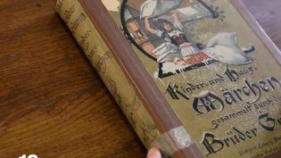 L'une des premières éditions illustrées des contes des frères Grimm. (FRANCE 3)