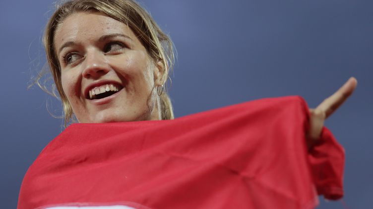 La joie de Dafne Schippers après sa victoire dur le 100m (MICHAEL KAPPELER / DPA)