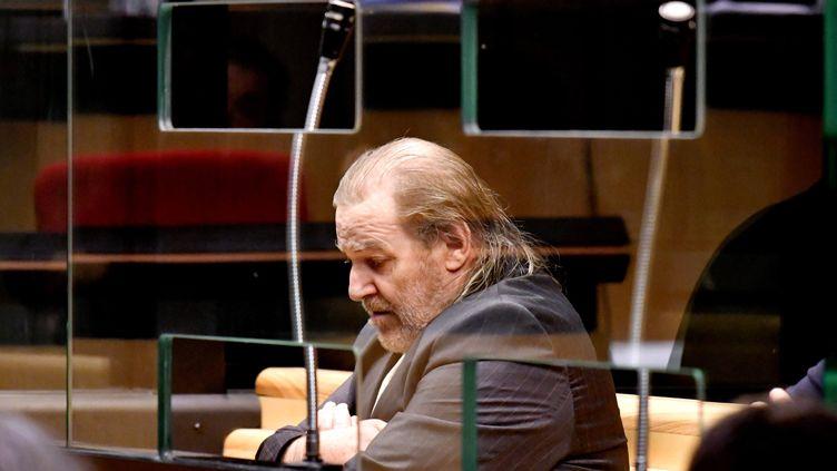 Jacques Rançon, dans le box de la cour d'assises de Perpignan, le 5 mars 2018. (MAXPPP)