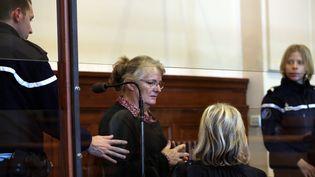 Jacqueline Sauvage devant la cour d'assises de Blois (Loir-et-Cher), le 1er décembre 2015. (MAXPPP)