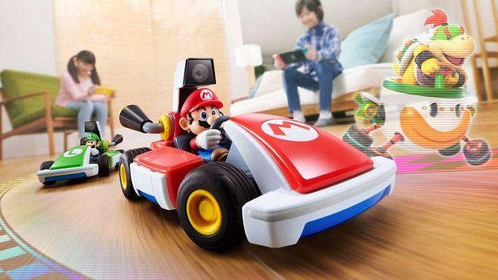 Avec Mario Kart Live Home Circuit, la mascotte de Nintendo sort son plus puissant bolide pour être certain d'être en pole position au pied des sapins de Noël. (NINTENDO)