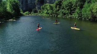Partez à la découverte des gorges du Chassezac, et ses falaises sublimes. (CAPTURE D'ÉCRAN FRANCE 2)