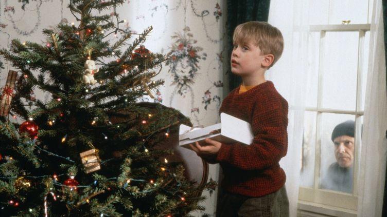 "Macaulay Culkin et Joe Pesci dans ""Maman, j'ai raté l'avion"" en 1990. (Twentieth Century Fox)"
