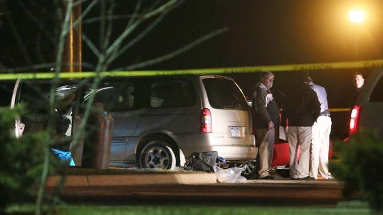"""(Sur le parking de ce restaurant, cinq personnes ont été tuées, """"au hasard"""" © Mark Bugnaski/AP/SIPA)"""