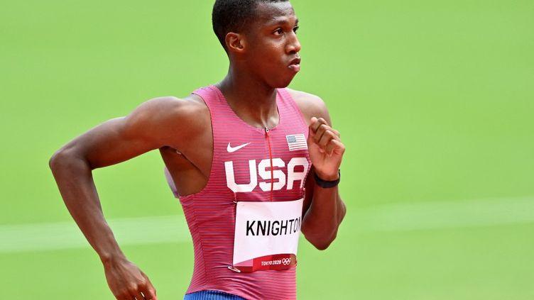 Le jeune Américain Erriyon Knighton s'est qualifié pour la finale du 200 m des Jeux olympiques de Tokyo, mardi 3 août. (MUSTAFA YALCIN / ANADOLU AGENCY)