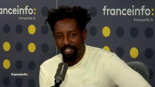 """Le réalisateur du film """"Les misérables"""", Ladj Ly, était l'invité de franceinfo mardi 19 novembre 2019. (FRANCEINFO / RADIO FRANCE)"""