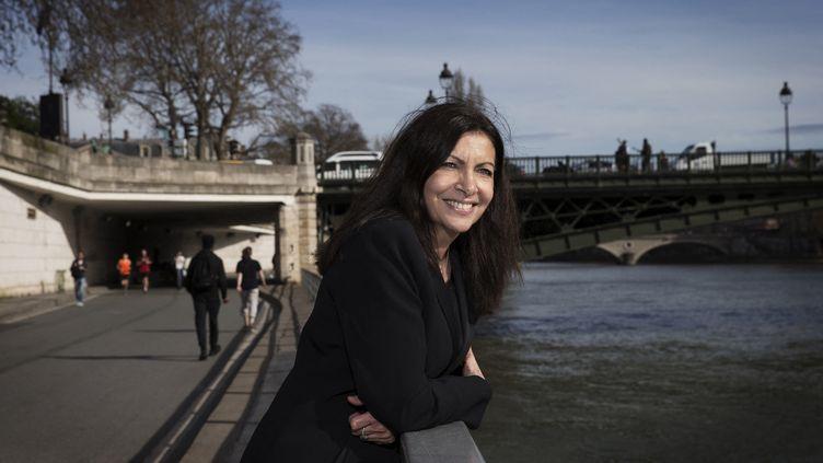 Anne Hidalgo, la maire de Paris, le 29 mars 2017. (JOEL SAGET / AFP)