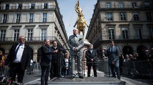Jean-Marie Lepen, ancien président du Front National, au pied de la statue de Jeanne d'Arc le 1er mai 2019 (NICOLAS MESSYASZ/SIPA)