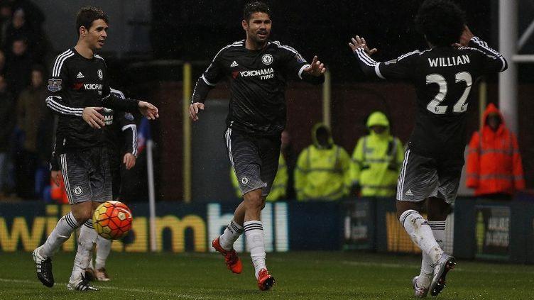 Les Blues Willian, Oscar et Diego Costa, premiers buteurs de l'année 2016 pour Chelsea (ADRIAN DENNIS / AFP)