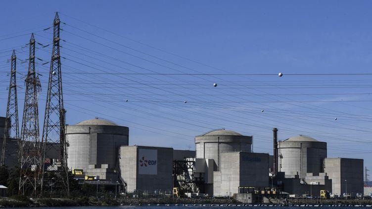 La centrale nucléaire du Tricastin, située sur les communes de Saint-Paul-Trois-Chateaux, Pierelatte (Drôme), Bollne et Lapalud (Vaucluse), le 10 octobre 2017. (PHILIPPE DESMAZES / AFP)