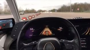 Renault teste actuellement sur l'autoroute une voiture autonome. (FRANCE 3)