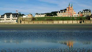 Vue du Crotoy, en baie de Somme. (ANTOINE LORGNIER / AFP)