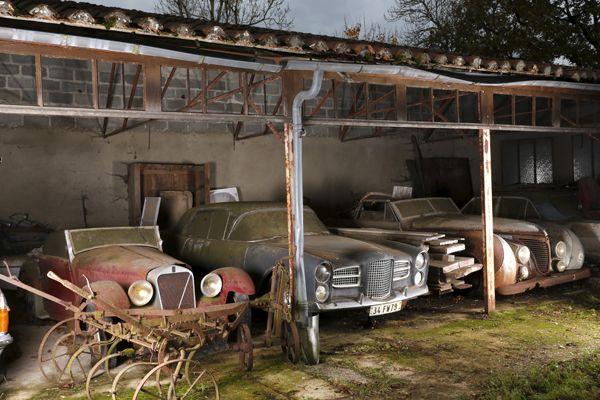 (En tout, une soixantaine de voitures datant des années 30 à 70 seront exposées au salon Retromobile en février à Paris © Artcurial)