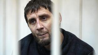 Zaour Dadaïev, inculpé pour le meurtre de Boris Nemtsov, lors de sa comparution devant un tribunal de Moscou (Russie), le 8 mars 2015. (MAKSIM BLINOV / RIA NOVOSTI / AFP)