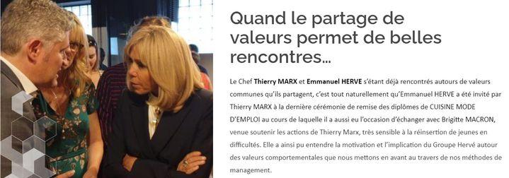 Emmanuel Hervé rencontre Brigitte Macron lors d'une cérémonie de remise de diplômes, en juin 2019. (Capture d'écran site internet Hervé Thermique)