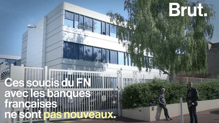 Marine Le Pen dénonce une « fatwa bancaire » (BRUT)