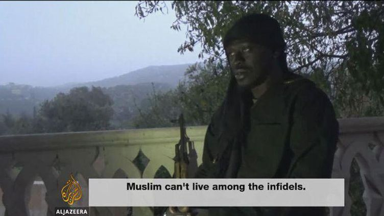 (Omar Omsen est apparu à visage découvert dans une vidéo diffusée par Al-Jazeera le 30 novembre dernier)