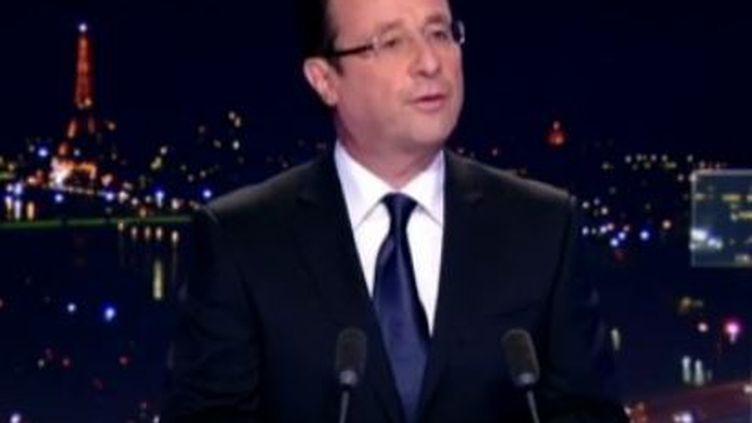 François Hollandesur le plateau du journal de 20 heures de TF1, jeudi 16 février 2012. (TF1)