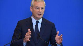 Le ministre de l'Economie, Bruno Le Maire, lors d'une conférence de presse pour présenter de nouvelles mesures d'aide aux entreprises, le 1er juin 2021 à Paris. (ERIC PIERMONT / AFP)