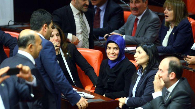 La députée turqueGönül Bekin Sahkulubey, le 31 octobre 2013 au Parlement turc, à Ankara (Turquie). (ADEM ALTAN / AFP)