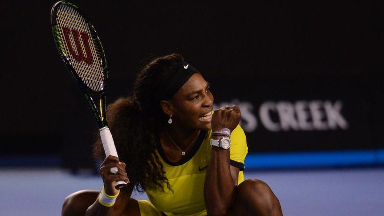 Serena Williams lors de la demi-finale de l'Open d'Australie, à Melbourne, le 28 janvier 2016. (RECEP SAKAR / ANADOLU AGENCY / AFP)