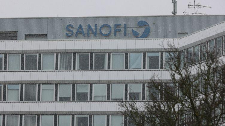 Usine Sanofi basée à Francfort, en Allemagne. (YANN SCHREIBER / AFP)