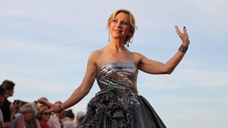 La chanteuse, cantatrice Nathalie Dessay au Festival du film romantique, à Cabourg (Calvados) le 13 juin 2015 (CHARLY TRIBALLEAU / AFP)