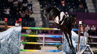 Pénélope Leprevost sur Vancouver de Lanlore aux Jeux olympiques de Tokyo. (Behrouz MEHRI / AFP)