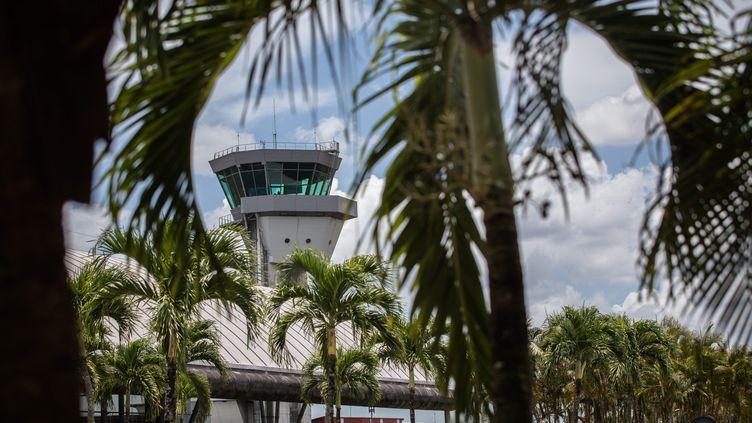 L'aéroport de Cayenne (Guyane), le 18 septembre 2017. (MAXPPP)