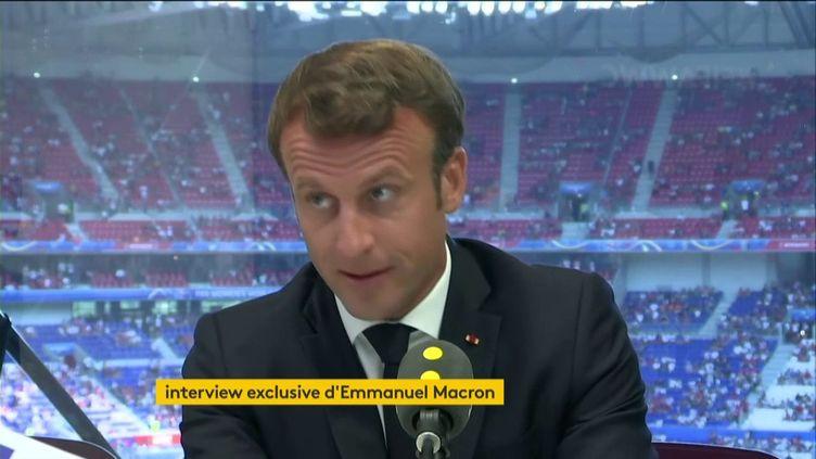L'interview exclusive d'Emmanuel Macron sur franceinfo, le 7 juillet 2019 au stade de Lyon. (FRANCEINFO / RADIOFRANCE)