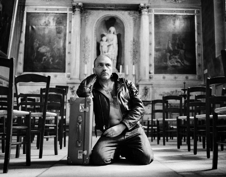 """Cette photo à la composition parfaite prise par Julien Lachaussée en 10 mn dans l'église Sainte Marguerite à Paris est devenue la pochette de l'album """"La taille de mon âme"""" de Daniel Darc.  (Julien Lachaussée)"""