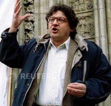 """Christian Terras est directeur du magazine chrétien """"Golias"""". Il enquête sur les affaires de pédophilie dans l'glise depuis 35 ans. (Photo Reuters/ Robert Pratta)"""