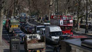 Un bouchon à Londres, le 17 février 2017. (Photo d'illustration) (DANIEL LEAL-OLIVAS / AFP)