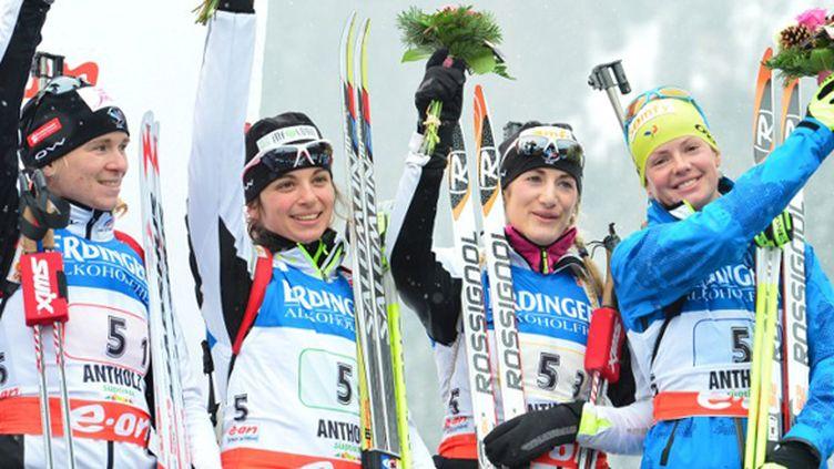 Anais Bescond, Sophie Boilley, Marie Laure Brunet et Marie Dorin Habert, troisièmes du relais