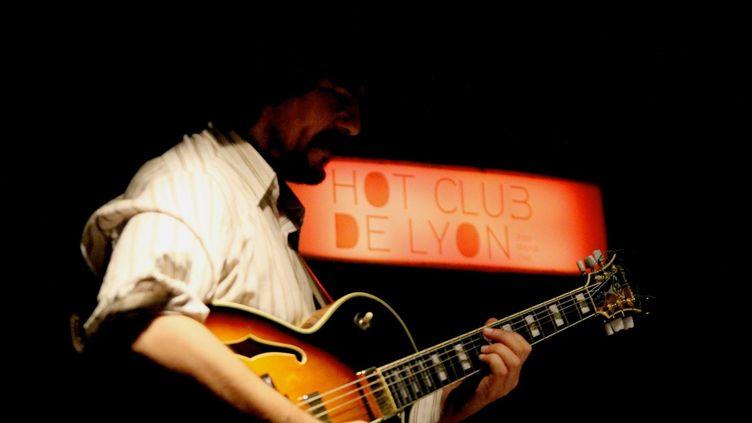 Seb Joulie en live  (Lucas Ottin/Culturebox)