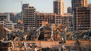 Une vue des décombres après les explosions qui ont ravagé le port de Beyrouth, le 7 août 2020, au Liban. (CEM OZDEL / ANADOLU AGENCY / AFP)