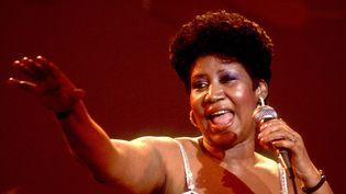 Aretha Franklin sur scène au Park West Auditorium de Chicago le 23 mars 1992.  (Paul Natkin / Getty Images)