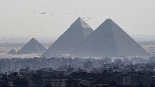 Les pyramides du plateau deGizeh vont peut-être enfin révéler leurs derniers secrets. (KHALED DESOUKI / AFP)