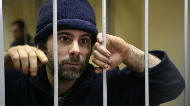 Le Britannique Iain Rogers, ici le 21 octobre 2013, et 29 autres militants de Greenpeace sont détenus en Russie depuis le 25 septembre. (DMITRI SHAROMOV / AFP)
