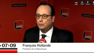 François Hollande sur France Inter, le 5 janvier 2015, à Paris. (FRANCE INTER / FRANCETV INFO)