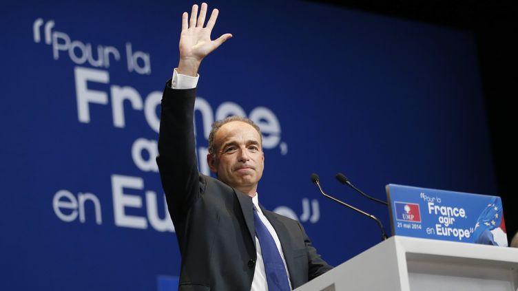 Le président de l'UMP, Jean-François Copé, le 21 mai 2014, en meeting pour les élections européennes, à Paris. (PATRICK KOVARIK / AFP)