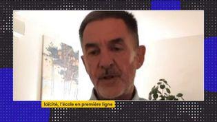 """Christophe Barrand, ancien proviseur et auteur de """"Monsieur le proviseur"""", était l'invité du journal de 23 Heures de franceinfo, lundi 19 octobre. Il est revenu sur l'attentat perpétré devant un collège à Conflans-Sainte-Honorine. (FRANCEINFO)"""