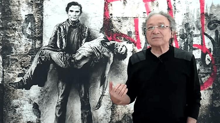 Ernest Pignon-Ernest devant l'une de ses fresques représentant le poète et réalisateur Pier Paolo Pasolini.  (France 3 / Culturebox)