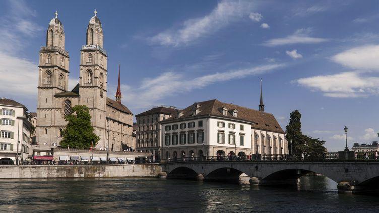 La ville de Zurich (Suisse), prise le 14 février 2017. (ISABELLE PINSSON / PHOTONONSTOP / AFP)