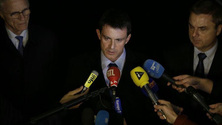 Le ministre de l'Intérieur, Manuel Valls, le 21 novembre 2013. (KENZO TRIBOUILLARD / AFP)