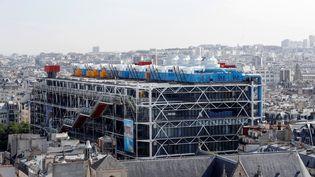 Le Centre Georges-Pompidou, le 7 juillet 2017, vu depuis la Tour Saint-Jacques à Paris. (FRANCOIS GUILLOT / AFP)