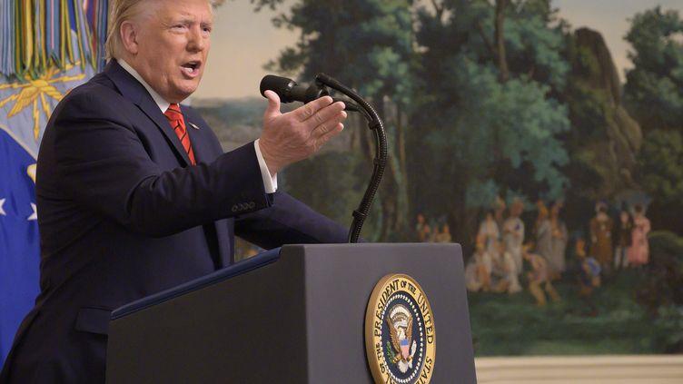 Donald Trump, lors de sa conférence de presse donnée à la Maison blanche, à Washington, le 27 octobre 2019. (JIM WATSON / AFP)